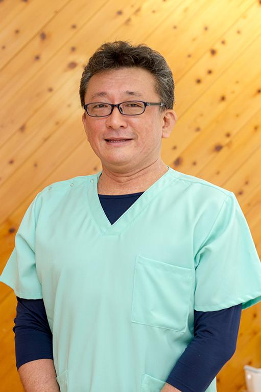はなおか矯正歯科院長花岡健太郎