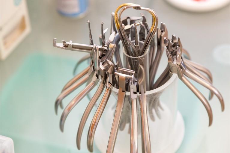 矯正治療はどこの歯科医院でも出来る?